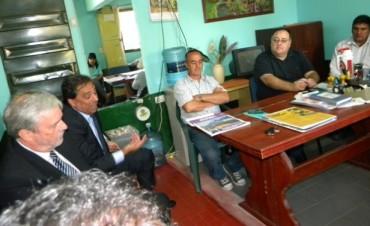 Reunión entre referentes gremiales de ATE, AGMER, SOEM, jubilados y autoridades del Nuevo Banco de Entre Ríos S.A.