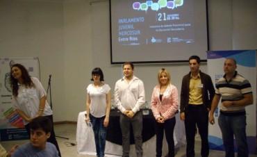 300 estudiantes  participaron de la instancia provincial del Parlamento Juvenil del Mercosur