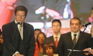 El ministro Cettour renunció al ministerio de Salud