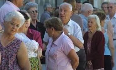 Anunciaron el pago del aguinaldo a jubilados y pensionados nacionales
