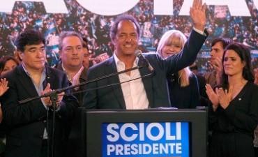La presidente se reunió con Daniel Scioli