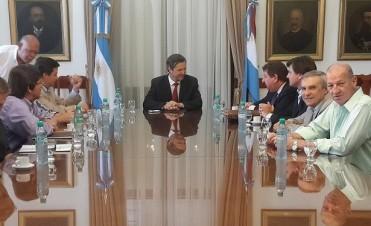 El ministro Bahl recibió  a los senadores electos de Cambiemos