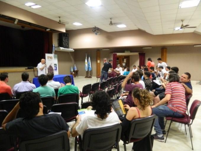 La Asociación Argentina de Interpretes brindo una charla en el Centro Cultural