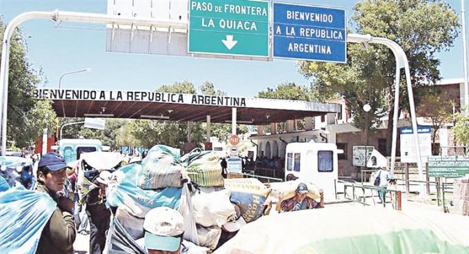 Cobrarán peaje a extranjeros que ingresen a la Argentina