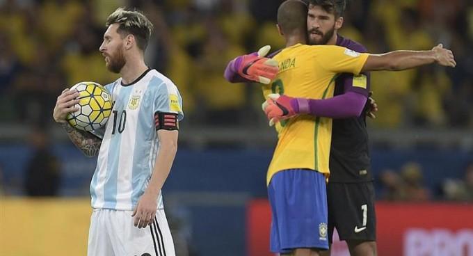 Brasil amenaza el liderazgo de Argentina en el ranking FIFA