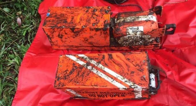 Hallaron las dos cajas negras del avión que pueden revelar el motivo del accidente