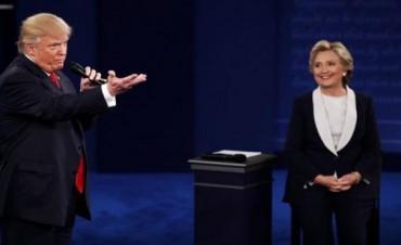 Sorpresa: a una semana de las elecciones, Trump le saca un punto de ventaja a Hillary