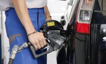 Estacioneros rechazan nuevo aumento del precio de los combustibles