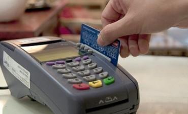 Baja en comisiones de tarjetas: qué beneficios incluirán para el consumidor