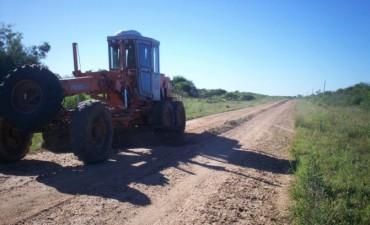 Se trabaja en el recuperado y conservación de caminos de ripio en Ruta Provincial N 50