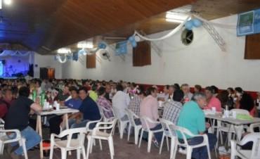 Los Empleados Municipales celebraron su día con una cena show