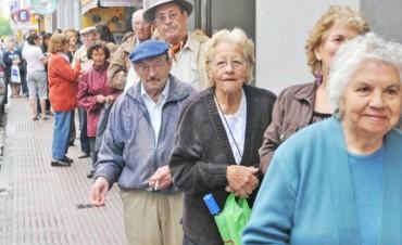Cobran el reajuste de haberes unos 600.000 jubilados nacionales