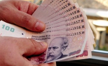 Nación otorgará un bono de entre 2000 y 3500 pesos a estatales