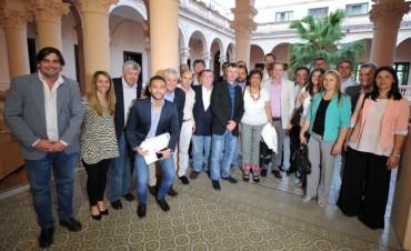 EL VICEINTENDENTE PARTICIPÓ DE UNA REUNIÓN CONVOCADA POR EL GOBERNADOR