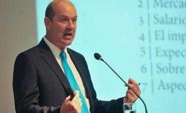 Federico Sturzenegger admitió que se prolonga la recesión en la Argentina