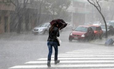 ¿Pasado por agua?: Pronostican lluvias para el fin de semana largo