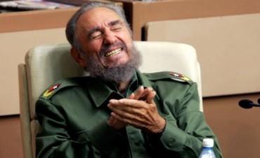 Fidel Castro y 638 intentos de asesinarlo: de cianuro en un licuado a explosivos en cigarros