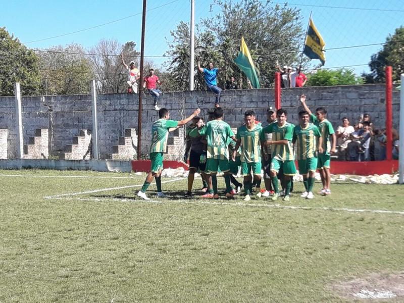 Defensores y Talleres finalistas de la Liguilla.