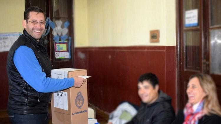 Austeridad para la tribuna: intendente de Cambiemos le costará a su pueblo un millón y medio de pesos