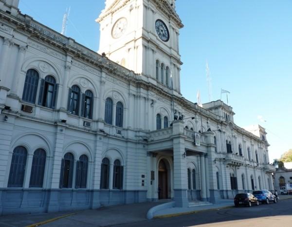 El gobierno provincial anunció el cronograma de pago de sueldos y aguinaldo