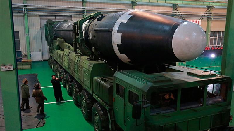 Las fotos del misil de Corea del Norte que es capaz de alcanzar Estados Unidos