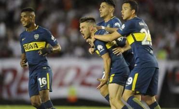 Boca le dio otro mazazo a River en el Monumental y se escapa en la punta de la Superliga