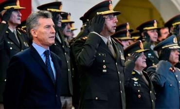 Macri cambiaría a los jefes de las Fuerzas Armadas antes de fin de año