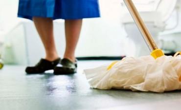 Suben los sueldos de empleadas domésticas: La nueva escala salarial