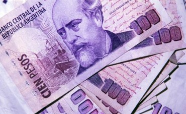 Se acelera la impresión de billetes de $ 100 y la cantidad de dinero crece por encima de la inflación