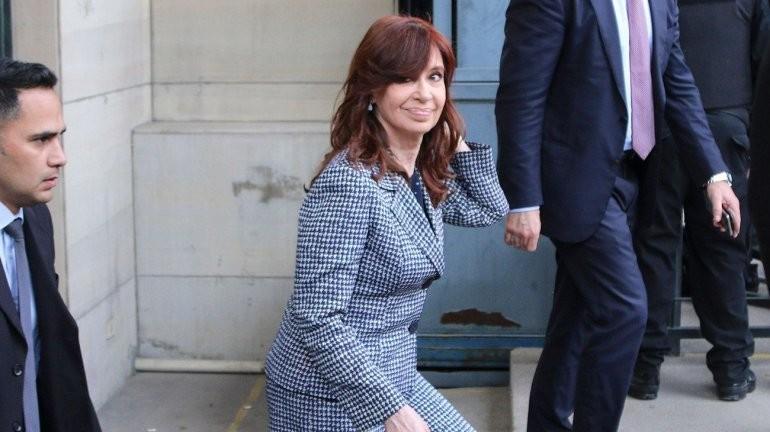 Ruta del dinero K: la Justicia dictó falta de mérito a CFK