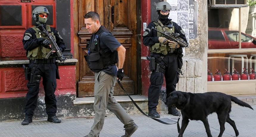 Refuerzan medidas de seguridad previas al G-20 tras ataques con explosivos