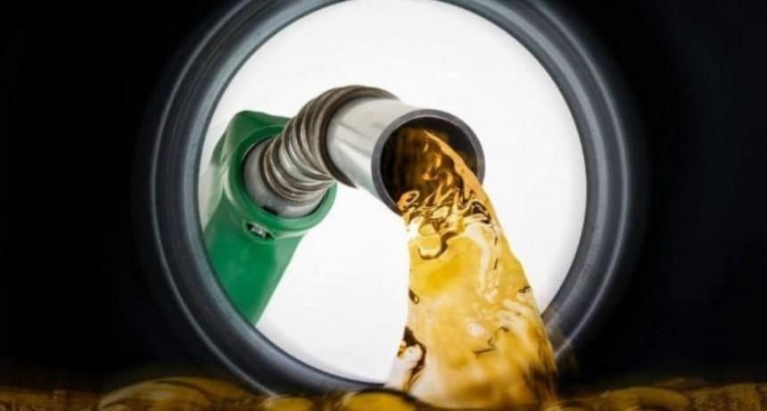 Los combustibles volverían a subir el fin de semana: De cuánto sería el aumento