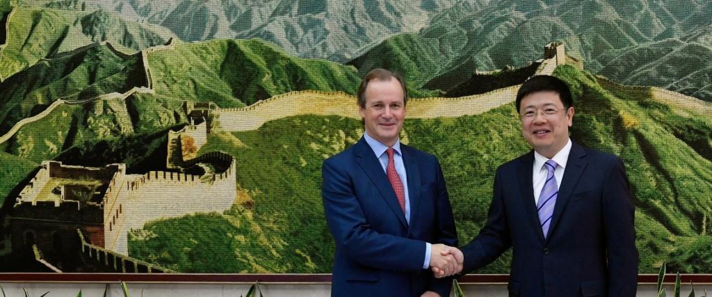Bordet fortalece la agenda comercial e institucional con China para el desarrollo productivo