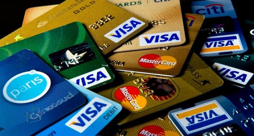 Hay un millón de tarjetas de crédito menos en el país que hace un año