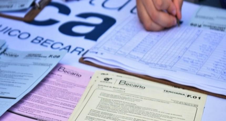 Comenzará este lunes el cronograma de pagos de becas para los diferentes niveles