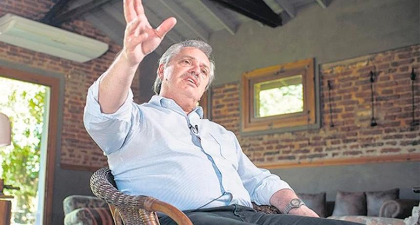 Fernández: Remedios gratis para jubilados y suba de impuestos a ciertos sectores