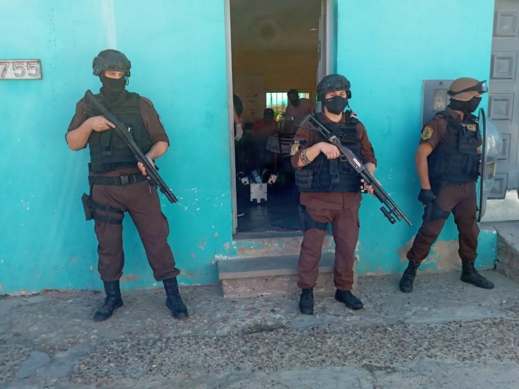 PARTICIPACIÓN DE PERSONAL POLICIAL DE FEDERAL EN PROCEDIMIENTOS POR NARCOMENUDEO EN PARANA