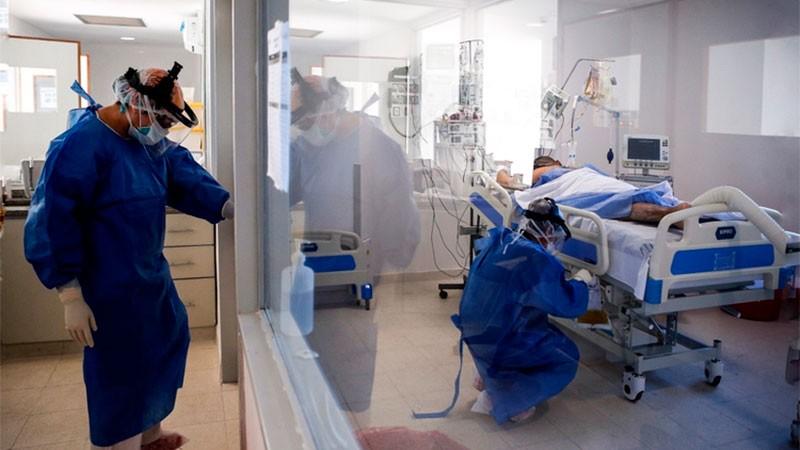 Confirmaron 483 muertes y 9.598 nuevos contagios en Argentina