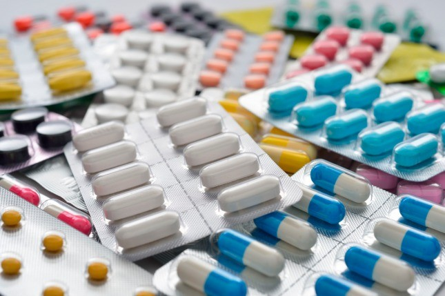 El Gobierno retrotrajo los precios de medicamentos y fijó valores máximos
