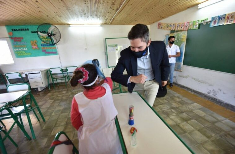 Agmer pide a Müller que derogue una circular que obliga a docentes a guardias activas en escuelas