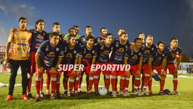 Atlético Paraná ascendió a la