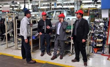 Urribarri se reunió con el presidente de Toyota
