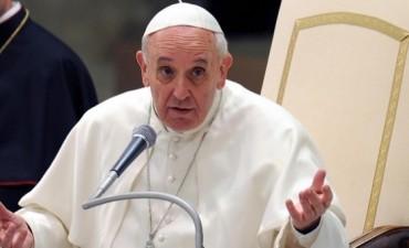 """""""Las huellas que el abuso de menores deja en las víctimas son como para llorar a gritos"""", dijo el Papa"""