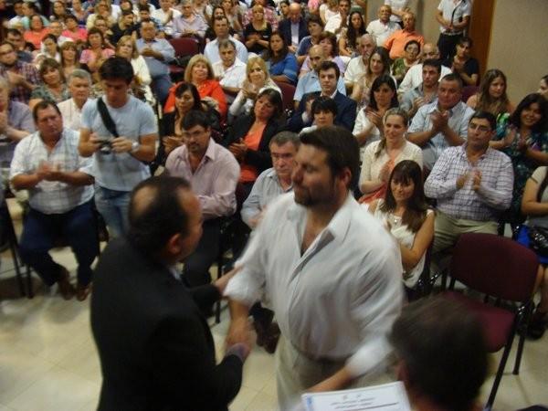 Autoridades electas recibieron el certificado correspondiente
