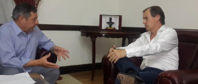 De Angelis mantuvo una reunión con el gobernador Bordet