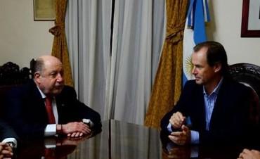 El gobernador Bordet se reunión con Jorge Pedro Busti