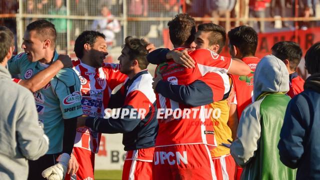 Atlético Paraná derrotó a Almagro y volvió a festejar