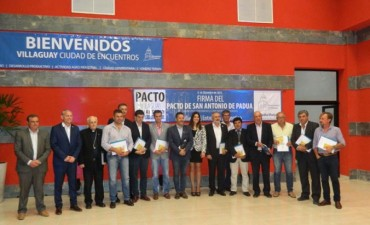 EL INTENDENTE CHAPINO FIRMÓ EL PACTO DE SAN ANTONIO DE PADUA EN VILLAGUAY