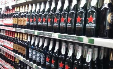 Las gaseosas y las bebidas alcohólicas subirán de precio antes del verano