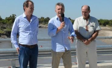 Macri inauguró junto a Bordet, el puente más largo de la provincia